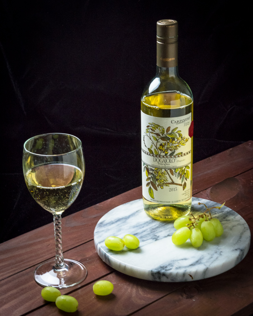 White wine with grapes, food photography workshop